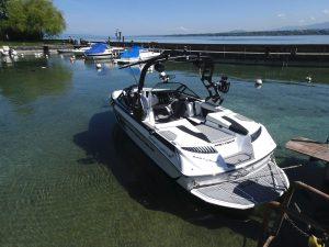 Nautique Boat - Easy Wake